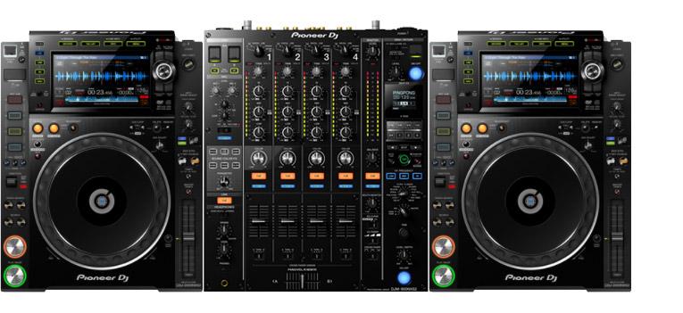 Pioneer DJ Set met 2x CDJ-2000 NXS2 en 1x Pioneer DJM-900 NXS2